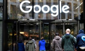 Reuters узнал об идее Кремля штрафовать Google и Facebook на 1% выручки