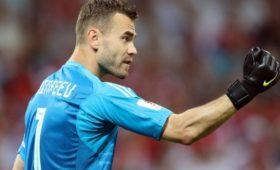 Акинфеев стал рекордсменом почислу сыгранных матчей заодин клуб