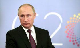Путин рассказал о задаче украинским кораблям скрытно войти в воды России