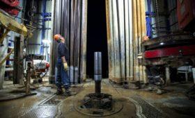 Цена на нефть Brent рухнула более чем на 5% за день