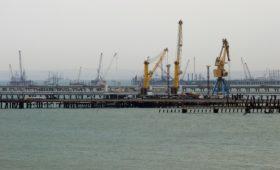 Якорь для РЖД: почему госмонополия решила инвестировать в порт Тамань