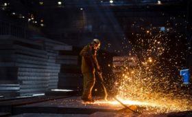 НЛМК Лисина сократит половину персонала завода в Бельгии