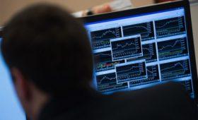 Отстраненные от торгов трейдеры подали в суд на Санкт-Петербургскую биржу