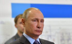 Путин запустил обеспечивающий Калининград газом морской терминал