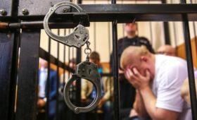 В России стали чаще заводить дела на высших чиновников и политиков
