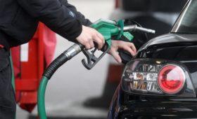 Минпромторг сообщил о результатах проверки бензина на автозаправках