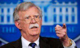 Болтон сообщил о тайных переговорах венесуэльских генералов с оппозицией