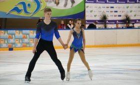 Пара Пепелевой иПлешкова победила вфинале Кубка России пофигурному катанию