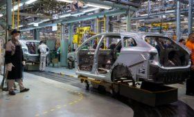 АвтоВАЗ решил подать заявление о делистинге акций с Московской биржи