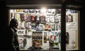 Магазины смогут сэкономить на электричестве по примеру заводов Дерипаски