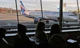 «Аэрофлот» начнет продавать билеты без багажа