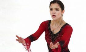 Медведева весело отпраздновала медаль ЧМсшикарной канадкой. Ихпостановщику было стыдно
