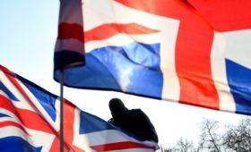 Британские депутаты возмутились отсутствием санкций против России