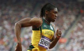 Семеня сменит дистанцию из-заповышенного уровня тестостерона иправил IAAF