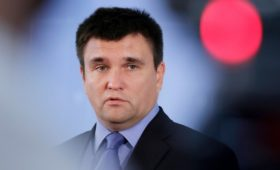 Климкин увидел в указе Путина о паспортах для Донбасса послание Западу