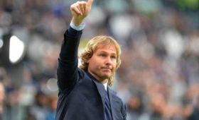 Недвед назвал «Локомотив» хитрой командой