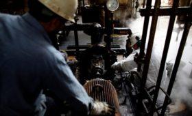 Цена на нефть марки Brent упала более чем на 5%