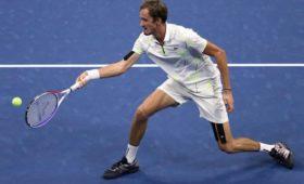 Медведев играет сНадалем вфинале USOpen