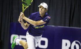 Американского теннисиста наказали за«ужасающий» жест