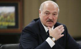 Лукашенко предложил США помочь разрешить конфликт на Украине