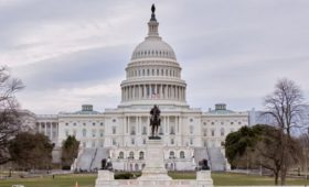 Сенаторы в США увидели рост активности «фабрики медиа» после выборов