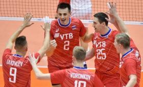 Российские волейболисты стартовали спобеды наКМвЯпонии