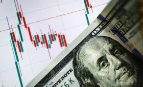 Reuters узнал о планах Минфина снизить долю доллара в ФНБ