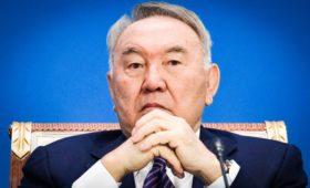 Назарбаев предложил президентам России и Украины встретиться в степи
