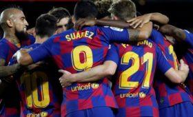 Рейтинг самых высоких зарплат вспорте возглавила футбольная «Барселона»