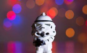 Дисней предупредил, что новые «Звездные войны» опасны при эпилепсии. Разбираемся почему