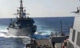 США обвинили российский корабль в агрессивном сближении недалеко от Ирана