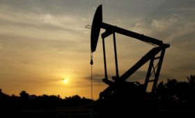 Нефть подскочила в цене после гибели иранского военачальника Сулеймани