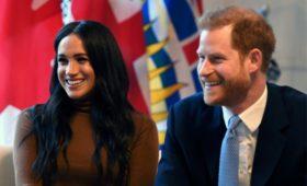 Принц Гарри и Меган Маркл откажутся от титулов и вернут деньги в казну