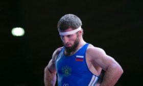 Лабазанов завоевал серебро ЧЕпогреко-римской борьбе