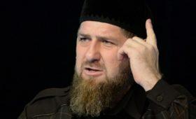 «Билжестко собеих рук»: Емельяненко обоесКадыровым