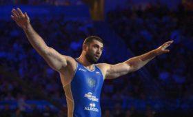 Допинг-проба трехкратного чемпиона мира поборьбе Махова дала положительный результат