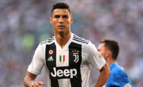 СМИ: «Ювентус» предложит футболисту Роналду новый контракт