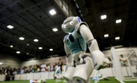 Болельщиков наматче вТайване заменили роботы