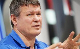 Тактаров оценил драку Тайсона нарестлинг-шоу