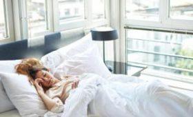 Врачи поделились секретами похудения во сне
