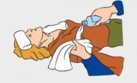 Медики назвали неотложные меры при обмороке