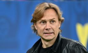 Карпин: перед игроками «Ростова» можно встать наколени