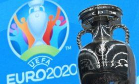 UEFA решил проводить матчи беззрителей бессрочно